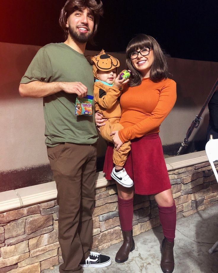 Shaggy, Wilma and Scooby Doo Family Costume
