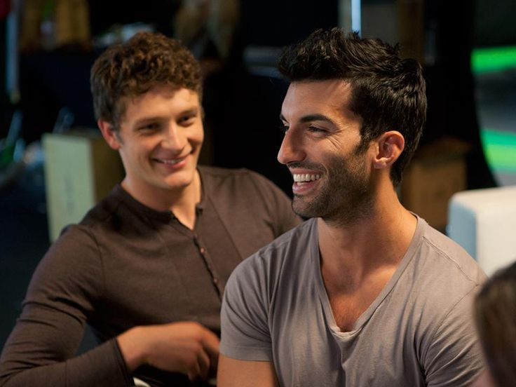 Brett Dier is the devoted boyfriend. Justin Baldoni is the accidental baby daddy. Watch #JaneTheVirgin work this out on the series premiere Monday, Oct. 13!