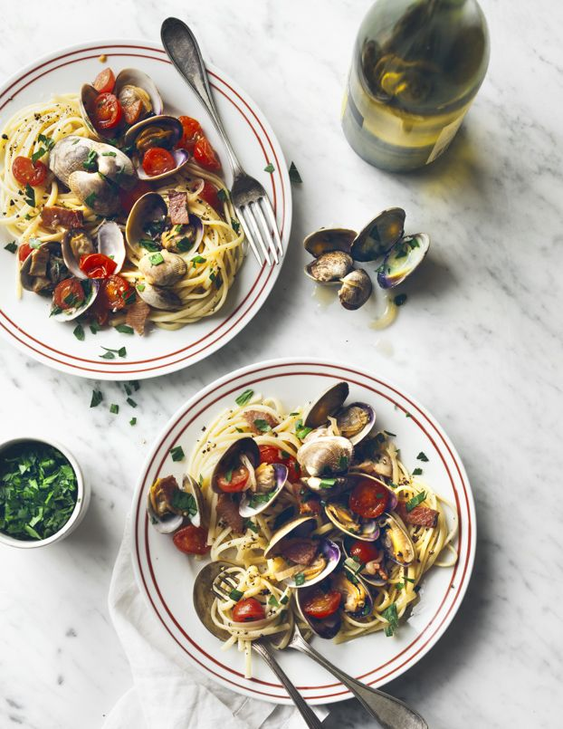 Linguine & Clams | Cook Good Food | William Sonoma Recipe Book | Eva Kolenko Photograhpy
