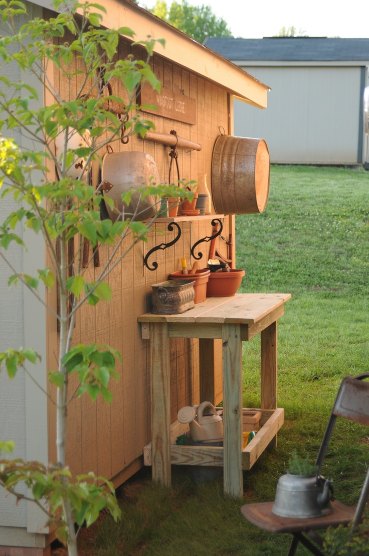Perfect Potting Bench - easy to build.