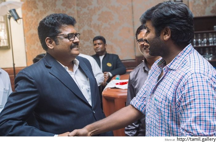 KS Ravikumar's title for Vijay Sethupathi next - http://tamilwire.net/58026-ks-ravikumars-title-vijay-sethupathi-next.html