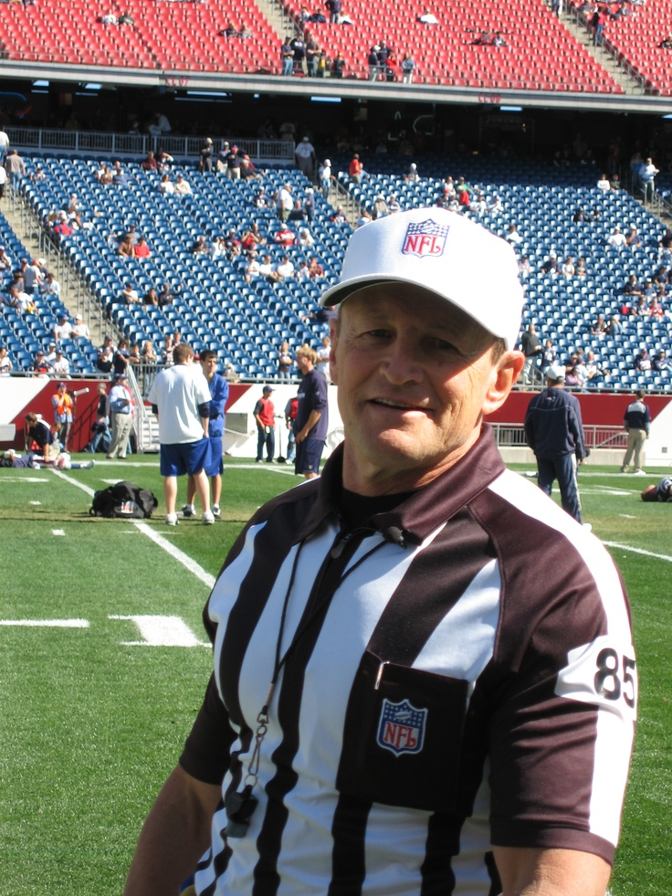 Coolest referee in sports - Ed Hochuli