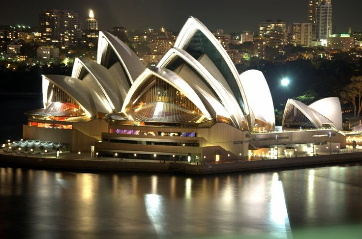 Sydney opera house designed by the Danish architect John Utzon