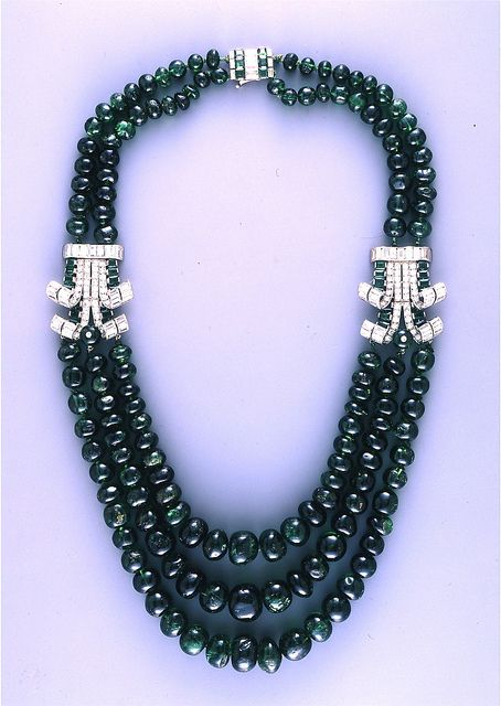 Cartier London Art Deco Diamond Emerald Necklace 1937, Courtesy  British Museum.