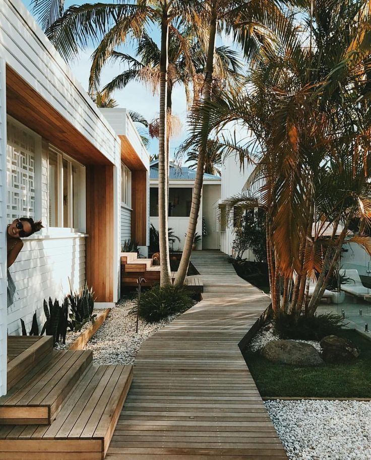 New Byron Bay Guesthouse Enquiries 0413332574