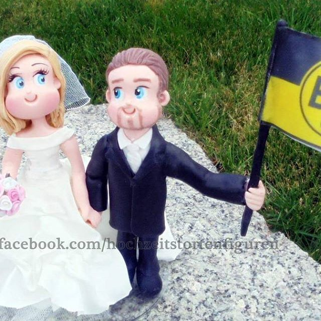 https://www.facebook.com/hochzeitstortenfiguren #bvb #borussiadortmund #dortmund #bvbforever #heiraten  #weddinggown #weddingdress #noivinhos #tortenfiguren #brautfigur #hochzeit #hochzeitstorten  #hochzeitstortenfiguren #wedding  #weddingscake #brautpaar #brautpaarefiguren #unikat #hochzeitsidee  #caketopper #bride  #novios #hochzeitsfotograf #hochzeitskleid #hochzeitsfotos #weddingday #weddingplanner #hochzeitsplaner #porcelanafria  #biscuit