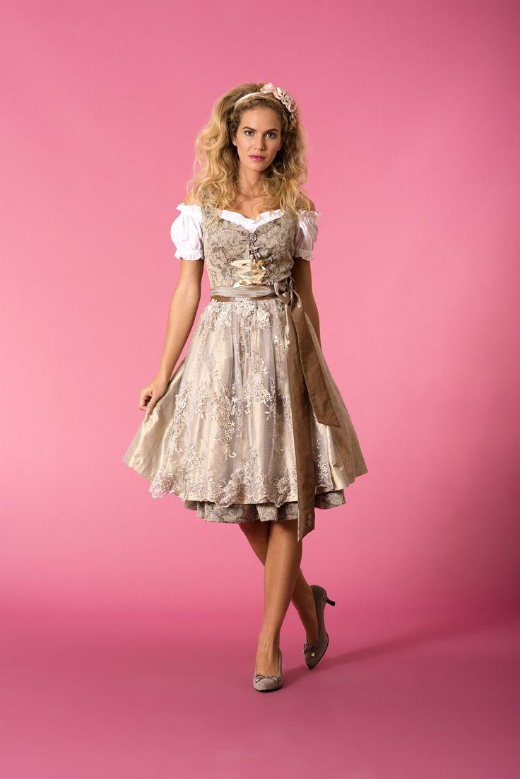 Couture-Dirndl #Angermaier #TrachtenAngermaier #dirndl #tracht