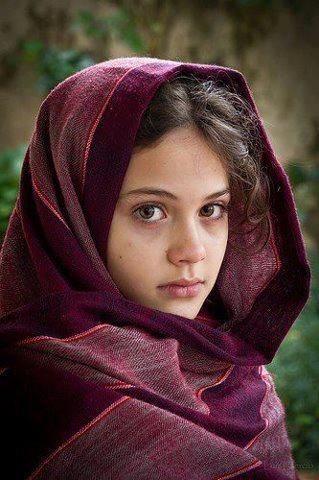 pashtundukhtaree:  Afghan girl,