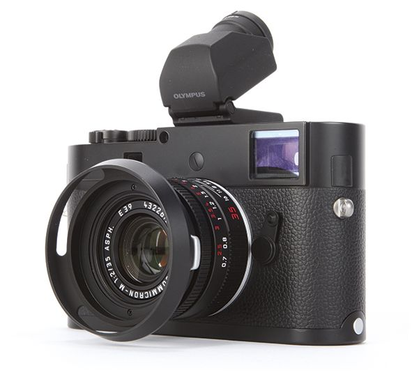 The Leica M Monochrom is compatible with Olympus's VF2 viewfinder