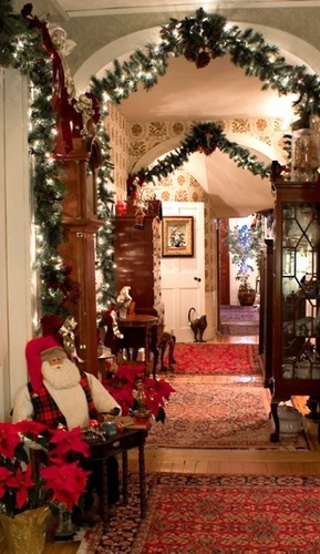 13 best Beautiful Christmas decorated homes images on Pinterest ...