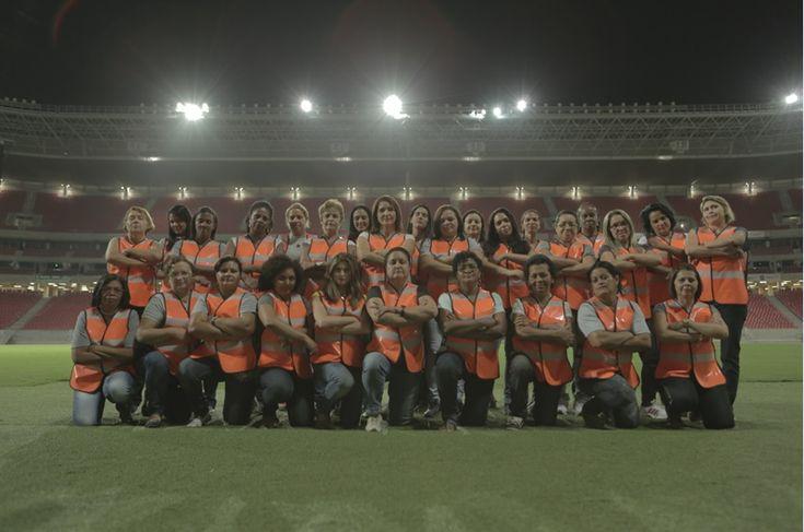 Ogilvy Brasil convierte a un grupo de madres en seguridad para combatir la violencia en el fútbol