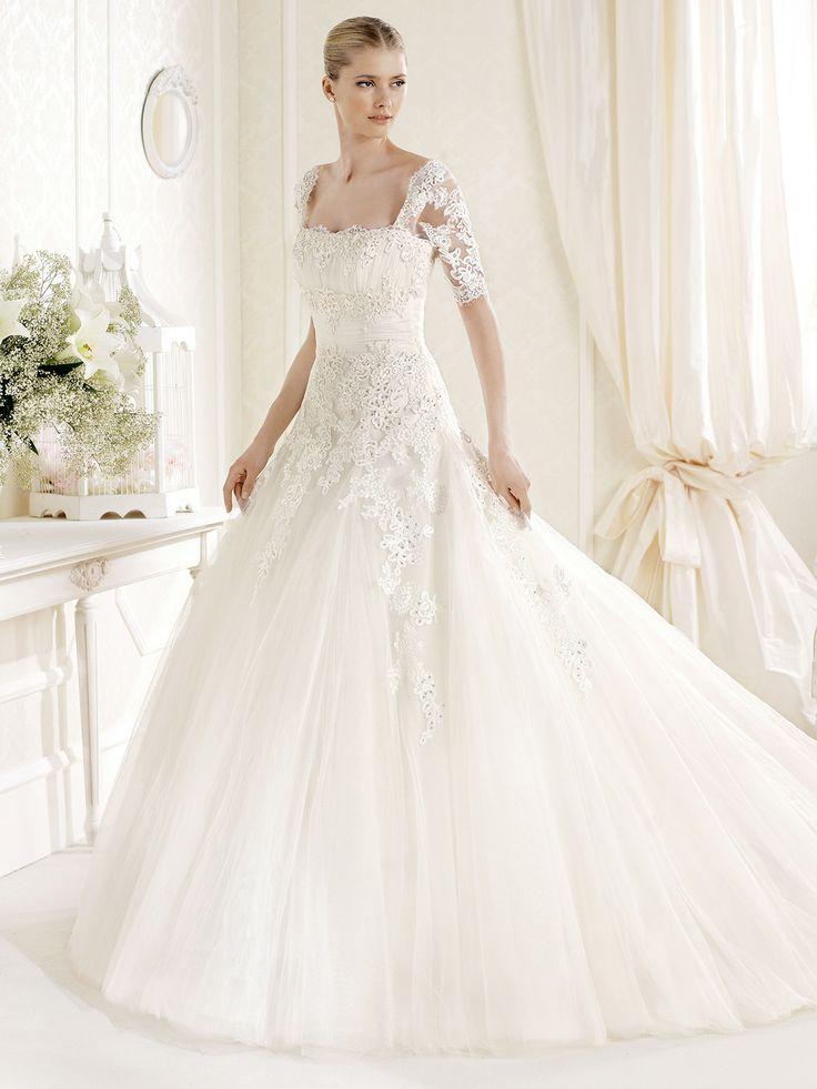 Cool Best La sposa wedding gowns ideas on Pinterest La sposa wedding dresses Romantic lace and Sparkly wedding gowns