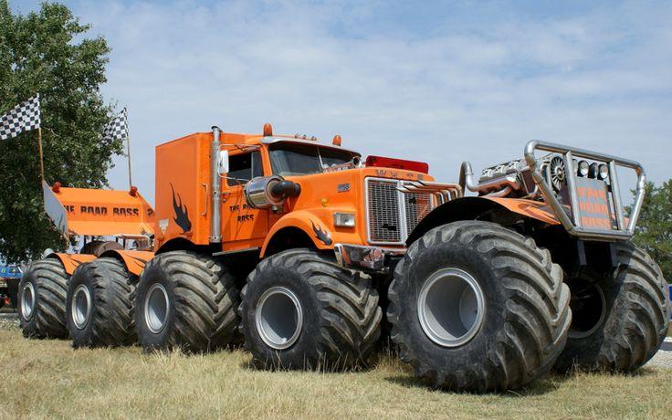 Old trucks around the world   The Road Boss...the World's Biggest Monster Truck on Biglorryblog ...
