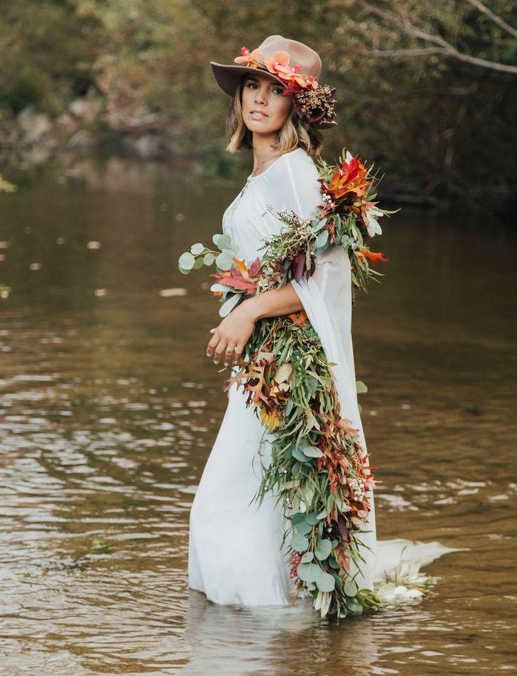 Fall garland wrap 🙌🏻 🍂 @_willowandplum ||  || photo : carololiva.com