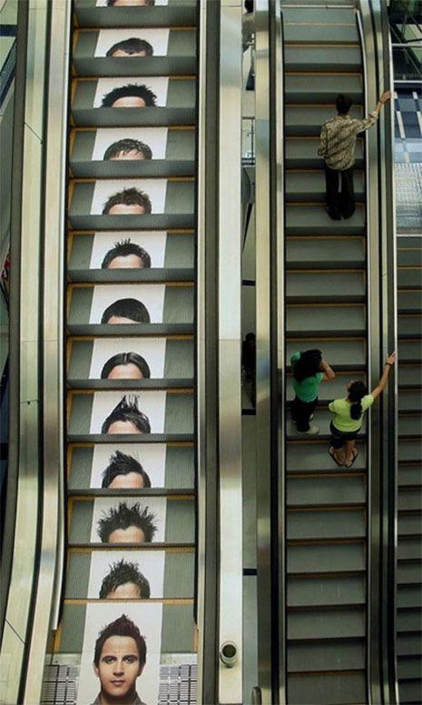 Otra ingenios campaña ;)#Publicidad #exterior #AmbientMarketing en escaleras mecánicas