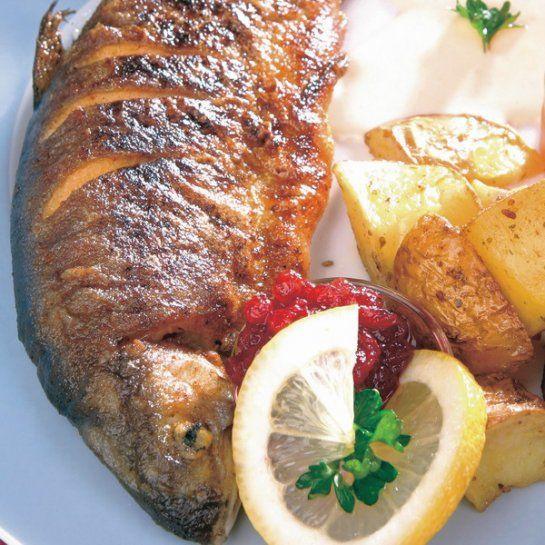 Pečené pstruhy na smotane - Recept pre každého kuchára, množstvo receptov pre pečenie a varenie. Recepty pre chutný život. Slovenské jedlá a medzinárodná kuchyňa