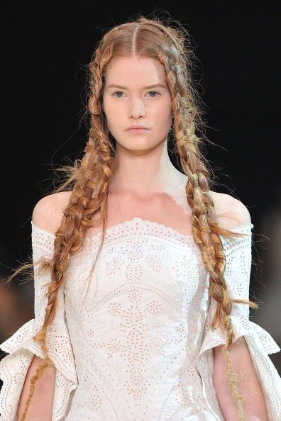 alexander mcqueen runway hair