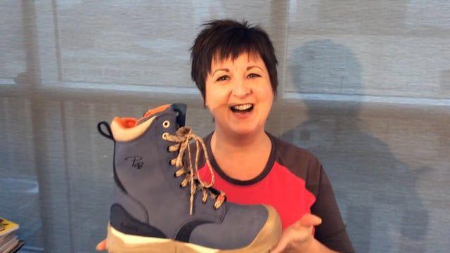 Marie-Lise, nous présente les propriétés de la nouvelle collection de bottes Pilote et Filles