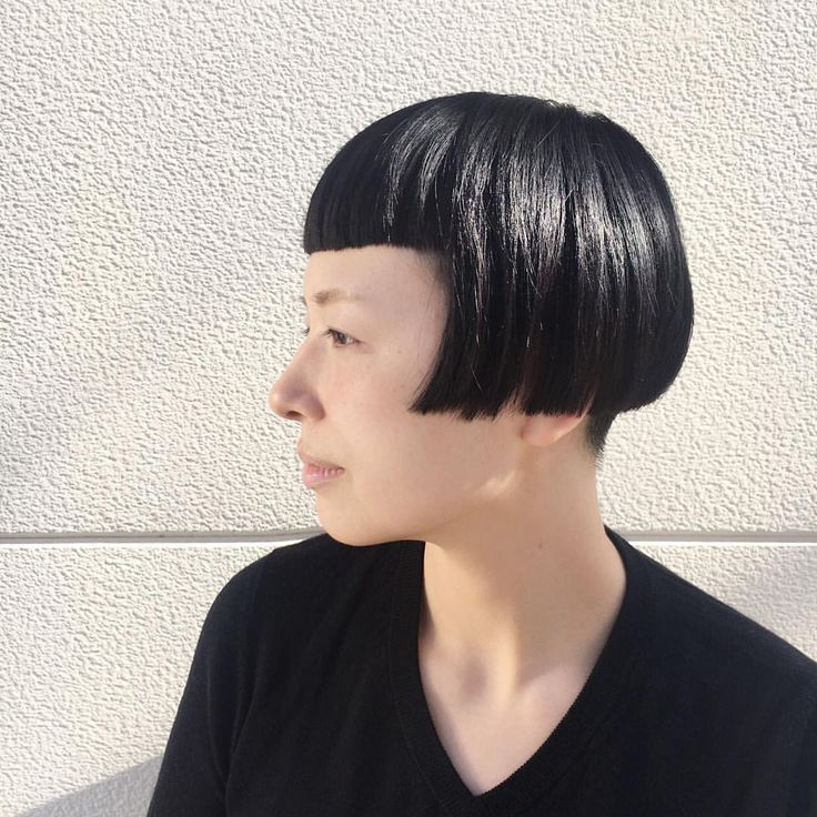 いいね!105件、コメント8件 ― まーにゃayumiさん(@melancholy_maanya)のInstagramアカウント: 「大人ワカメンテナンス✂︎ cut:@mai_co いつも、そうそう!これ!ってcutをしてもらえる幸せ #大人ワカメちゃん #おかっぱ #黒髪 #kilico#daikanyama #Vネック」