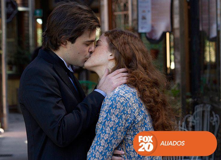 Se acabó el tiempo, pero el amor es más fuerte. Aliados - Final de temporada  #Aliados Mira contenido exclusivo en www.foxplay.com