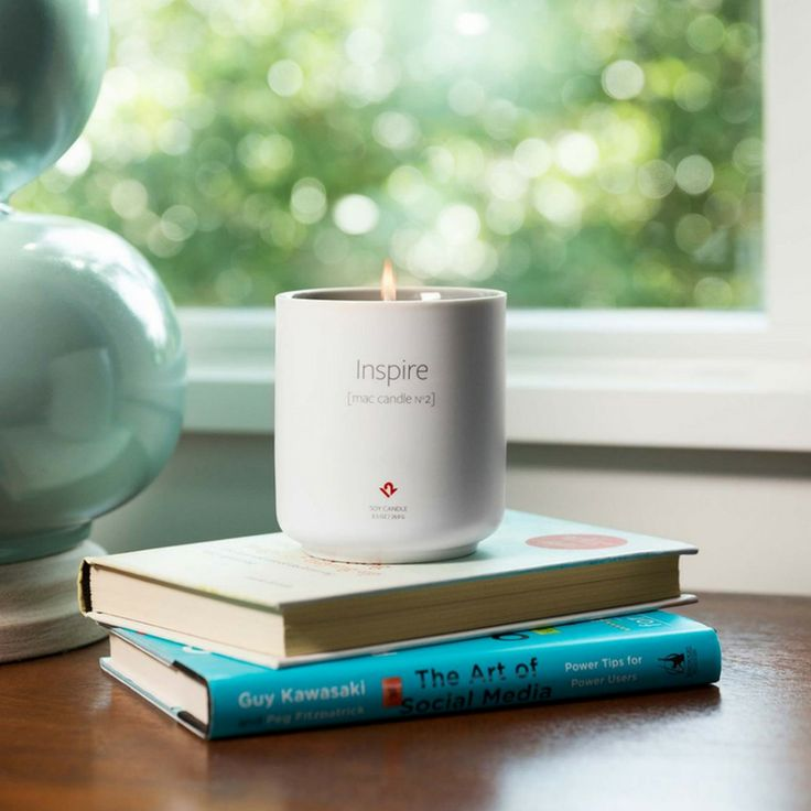 Limited edition candle from Twelve South get yours here👉 https://goo.gl/UWGvfo