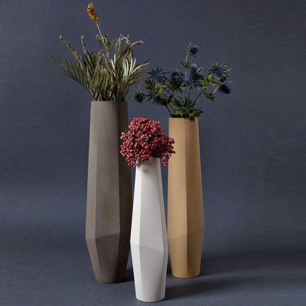 Vaso in cemento Marchigue design by Stefano Pugliese