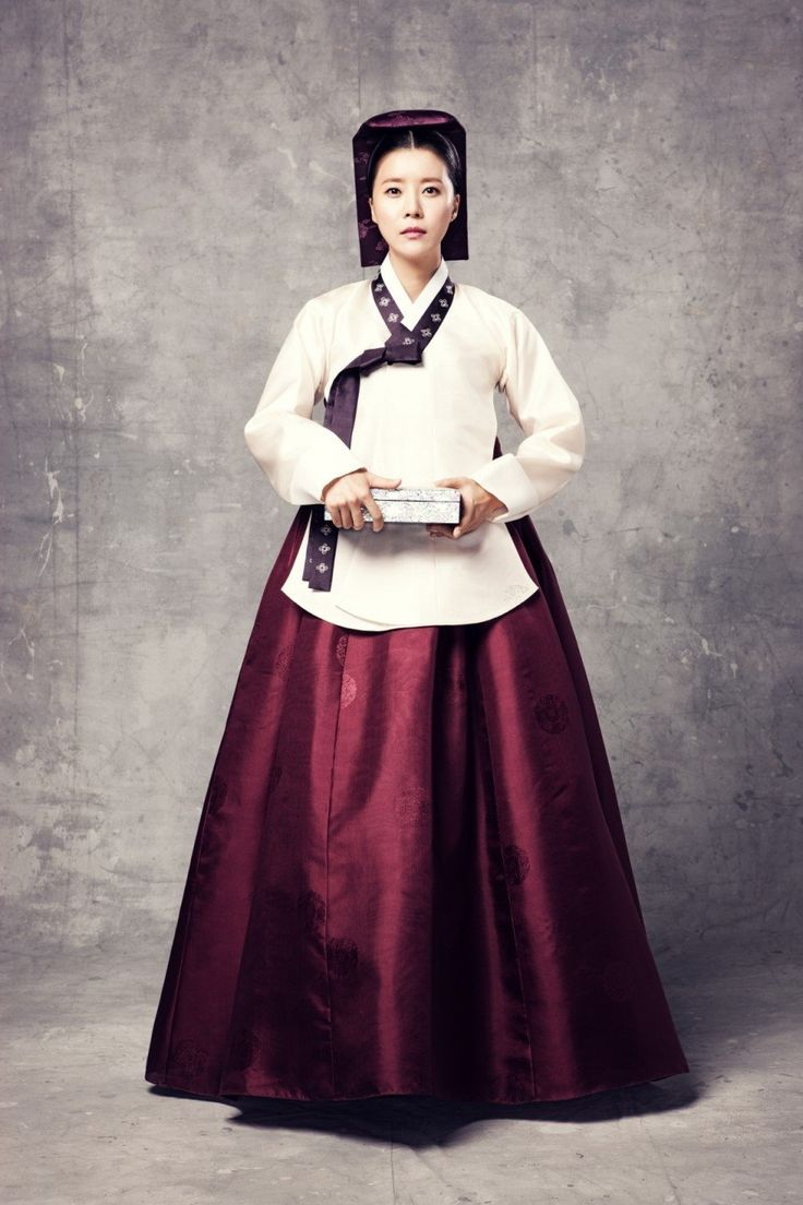Dress of a Royal Physician from the series The Horse Healer. It's from the same director who did The Jewel in the Palace, Yi San and Dong Yi, so it should be pretty good.