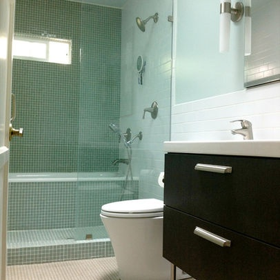 Tub shower combo design ideas pictures remodel and for Bathroom accessories combo