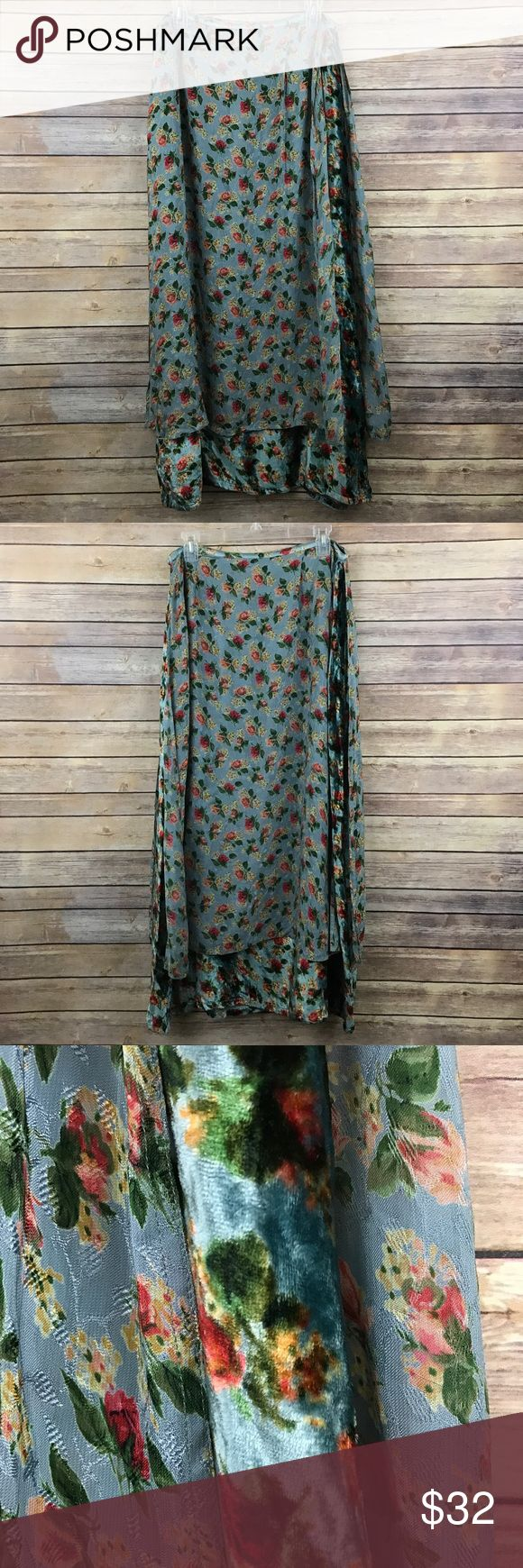 "April Cornell boho Floral midi skirt Sz L 467 April Cornell multicolored Floral Midi Skirt, Women's Sz Large front and back velvet panels over a chiffon skirt.    Measurements:  Waist: 16"" flat across  Length: 38"" April Cornell Skirts Midi"