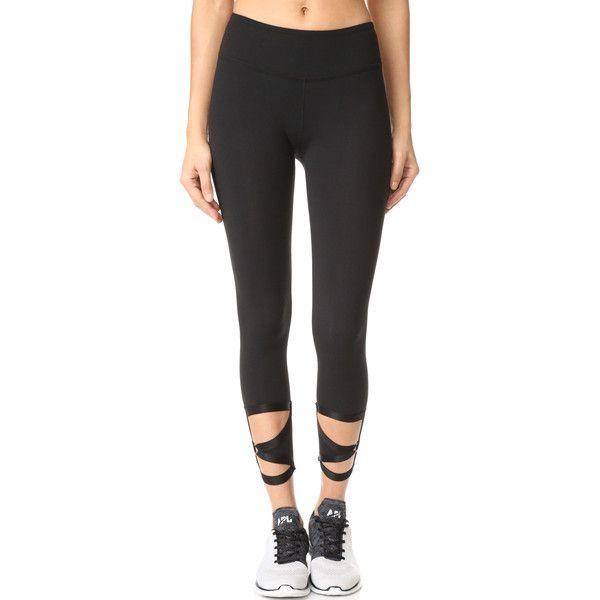 Beyond Yoga Live Free Or Tie Hard Leggings (175 BRL) ❤ liked on Polyvore featuring pants, leggings, jet black, cuffed pants, shiny pants, beyond yoga leggings, wet look leggings and beyond yoga pants