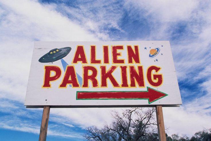 In der Wüste von New Mexico soll 1947 ein Ufo abgestürzt sein. Das machte Roswell zum Tourismusmagneten mit Alien-Nippes an jeder Ecke. Aber viele Kleinstädter haben die Verschwörungstheorien gründlich satt.