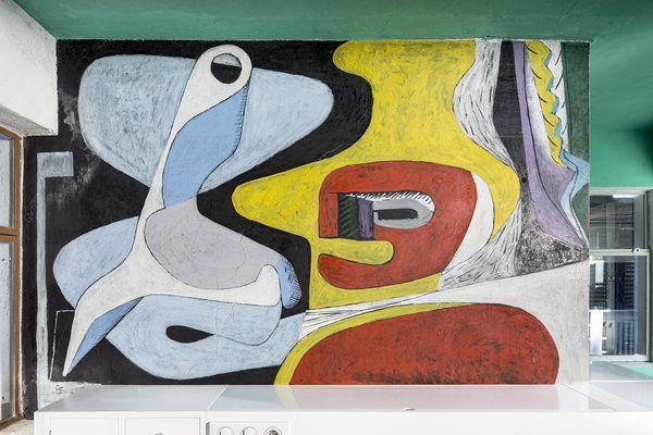 Villa E-1027 – La chambre d'amis; peinture murale de Le Corbusier.