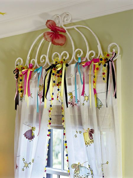I'm kind of digging the ribbons & curtain rod