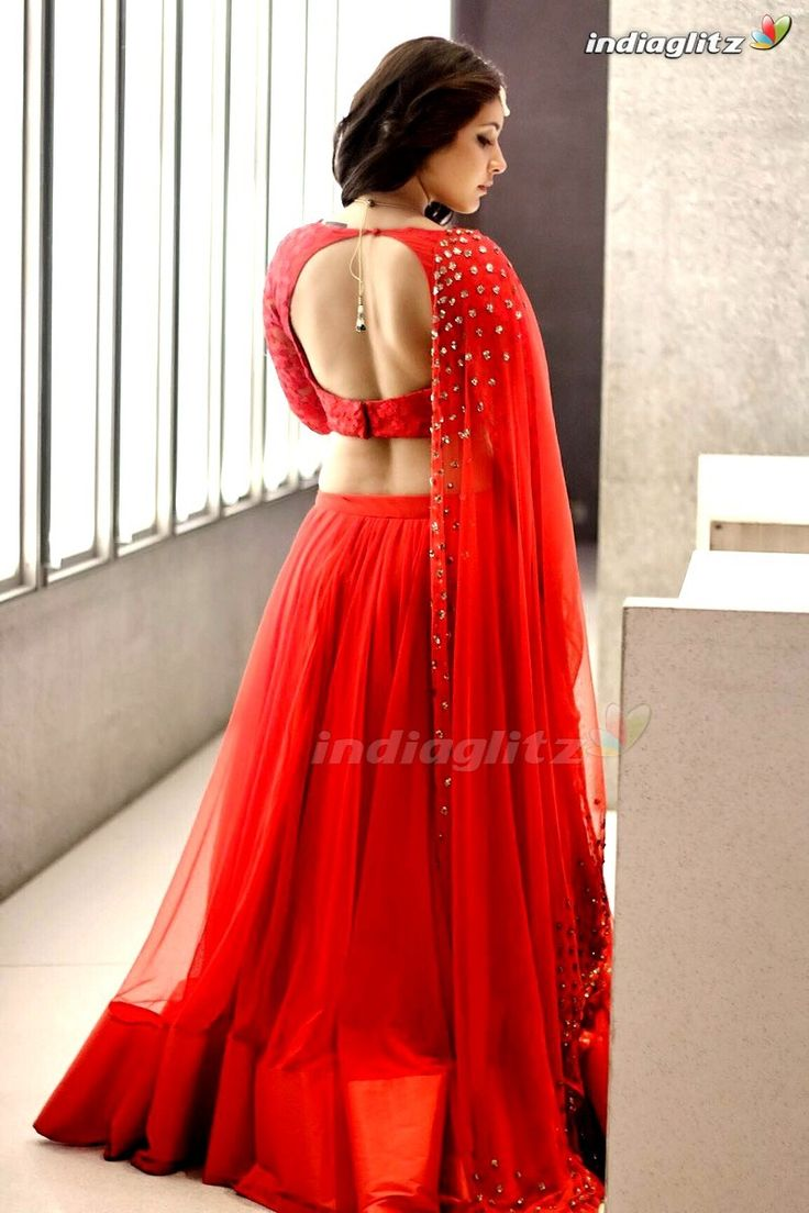 Rashi Khanna-Telugu Actress Image Gallery