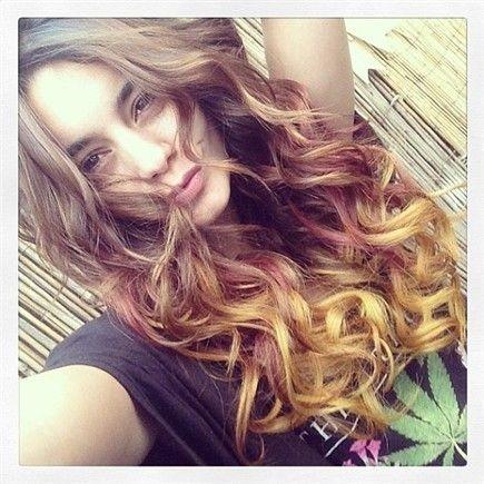 I capelli «autunnali» di Vanessa Hudgens - Glamour.it