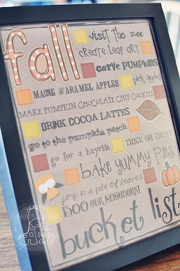 Fall Bucket List.  Free Printable.  There is also a blank version so you can add your own bucket list items!