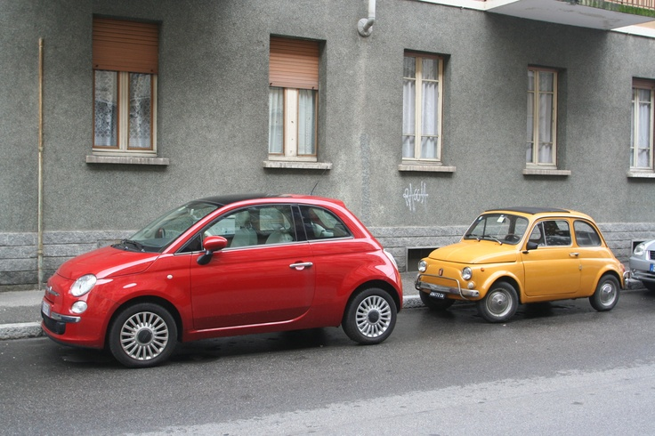 Fiat 500; new and old model....awesome!