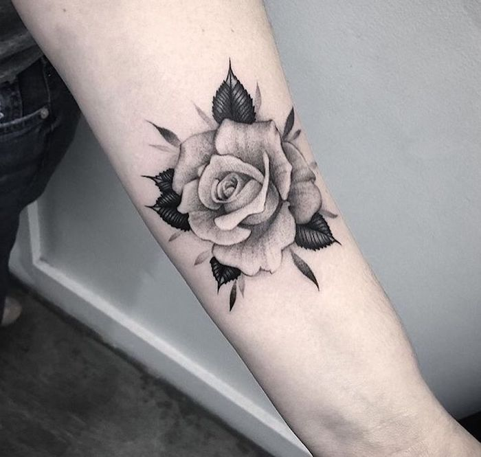 ▷ 1001 Flower Tattoo Ideas and information about their meaning