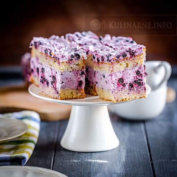 Jogurtowe ciasto z pianką jagodową