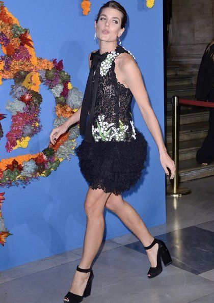 Charlotte Casiraghi attends opening gala of the new season of Opéra Garnier in Paris wearing a Giambattista Valli lace dress from fall/winter 2017-18 collection/ Sept. 21, 2017