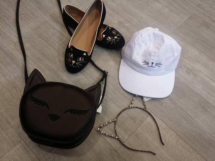 Me-OW! #PlatosClosetBrampton has all the best accessories for all our fashion-loving kittens out there! #kittycat #meow //purse, $8// meow crown, $2//hat, $4//shoes, 6.5, $6//  |  www.platosclosetbrampton.com