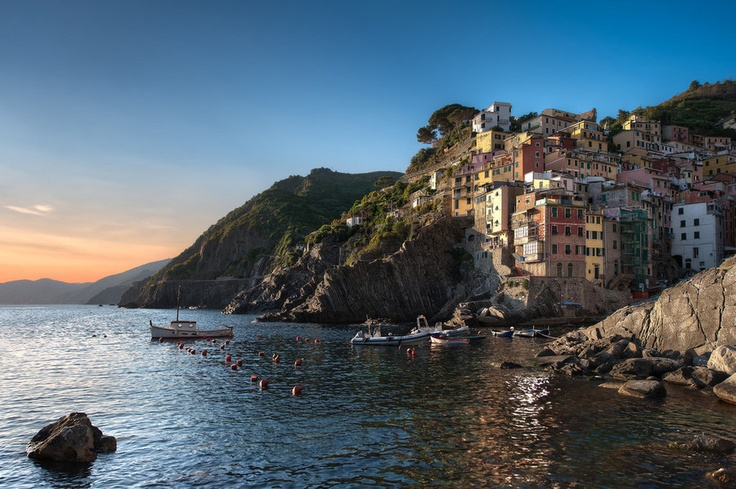The Beauty of Surrender – Riomaggiore, Cinque Terre, Italy || Photography by Elia Locardi www.blamethemonkey.com