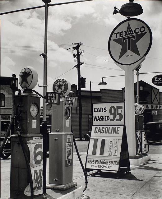 Gasoline station, Tremont Avenue and Dock Street, Bronx. July 02, 1936: Tremont Avenu, Berenic Abbott, Service Stations, Texaco Stations, However Street, Gasoline Station, Gas Stations, New York, Gas Pumps