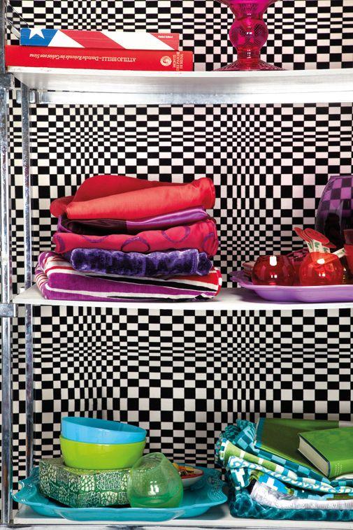 Koleksiyonun en güçlü yönü ise alışılmışın dışında renk ve desenleriyle tabi ki kadifeler…