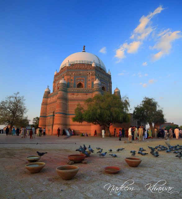 Shrine of Shah Rukn-e-Alam, Multan Pakistan.
