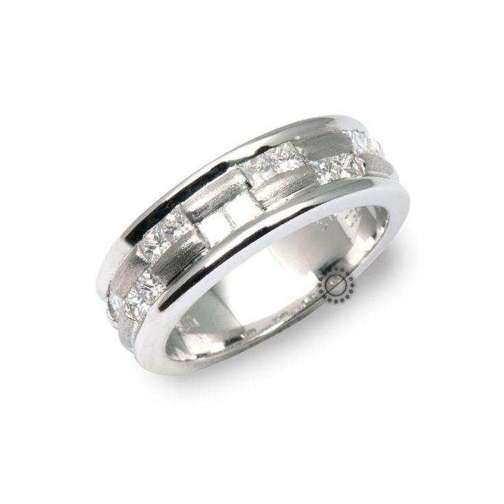 Πολύτιμο λευκόχρυσο δαχτυλίδι Κ18 με τετράγωνα διαμάντια princess cut | Δαχτυλίδια με διαμάντια ΤΣΑΛΔΑΡΗΣ στο Χαλάνδρι #δαχτυλίδι #διαμάντια #rings #diamond #gold