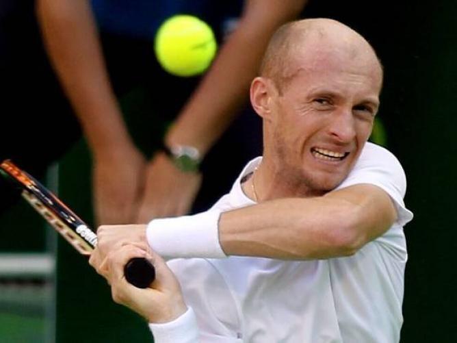 ATP Doha - Nikolay Davydenko sets up semi final with David Ferrer