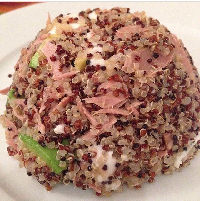 Tris di quinoa,avicado,mozzarella e tombarello