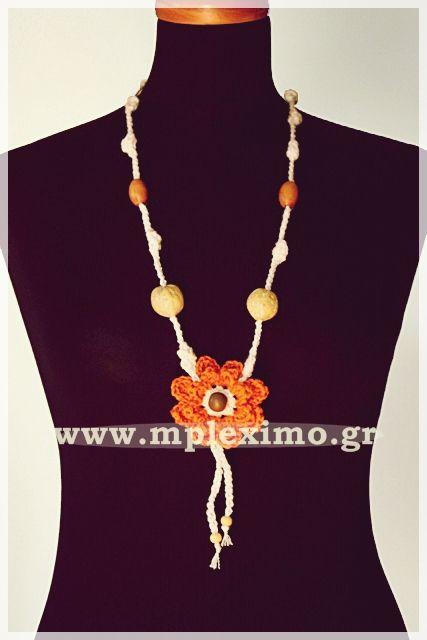 big crochet flower necklace