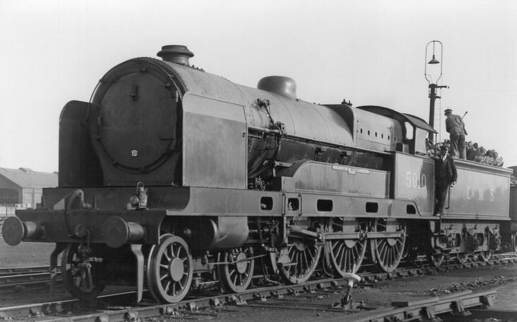 LMS Claughton Class 4-6-0 5910 'J A Bright' at Crewe South.